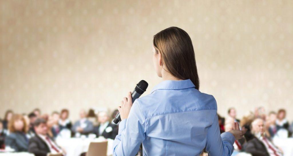 الخوف من التحدث أمام الجمهور