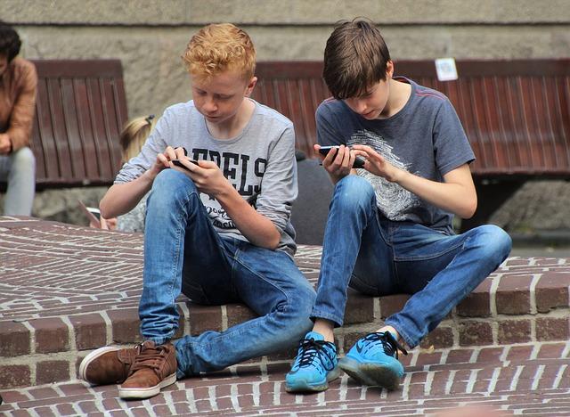 أضرار الهواتف الذكية