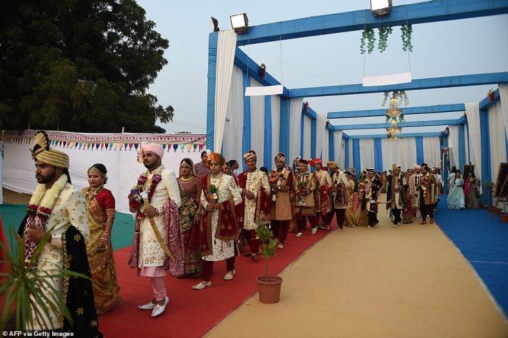 حفل زفاف جماعي في الهند