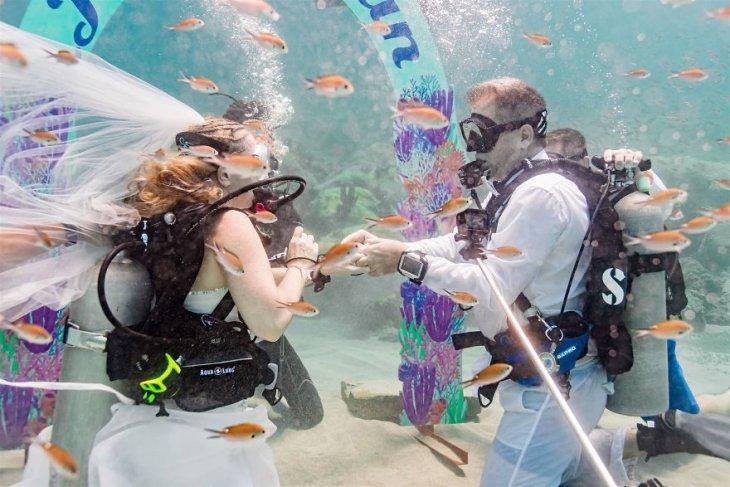 زواج تحت البحر